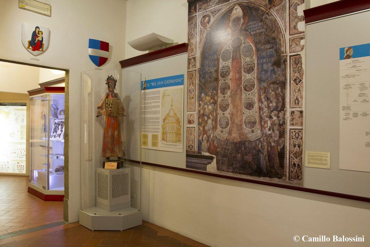 Dante Alighieri's Statue by Madarassy